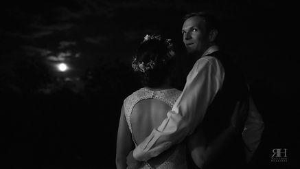 1012 Short Couple Moon 3.jpg
