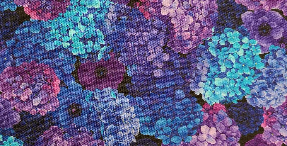 Timeless Treasures - Packed Hydrangea - Misty-CD6897-Black