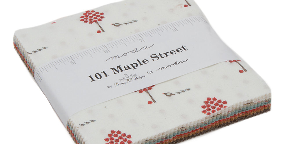 Moda - Charm Pack - 101 Maple Street by Bunny Hill Designs
