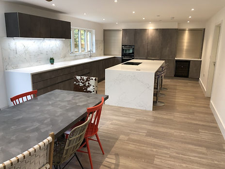 Ultra modern and minimalist kitchen in Oxfordshire, very streamlined.