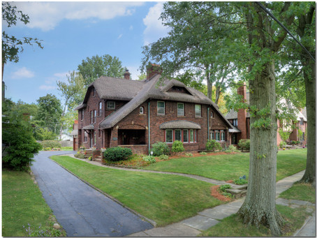 Beautiful English Brick Colonial with fantastic outdoor entertaining options - 2711 Colchester