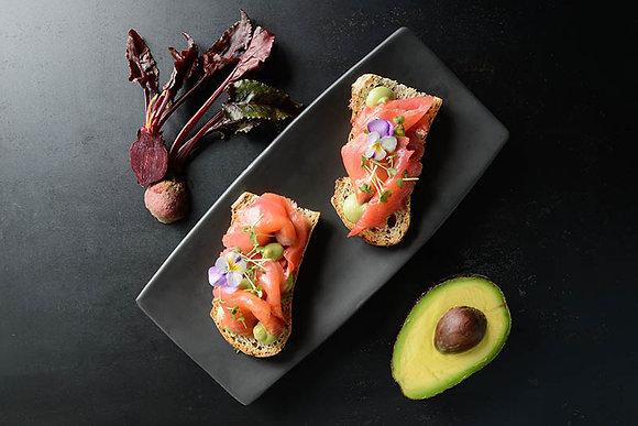 Bruschetta Avocado and Salmon