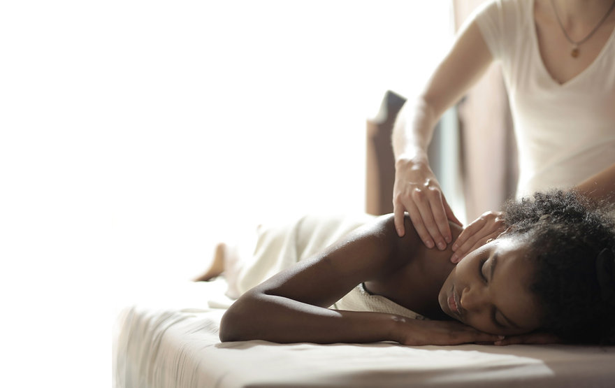 woman giving Perfect Touch Helps massage therapy