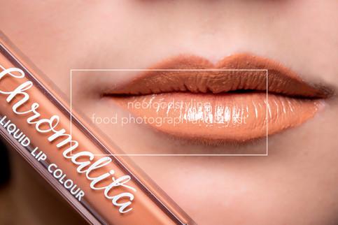 lip12307-1.jpg