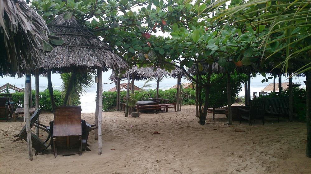 Beach Bar Hue (c) Arakita Rimbayana