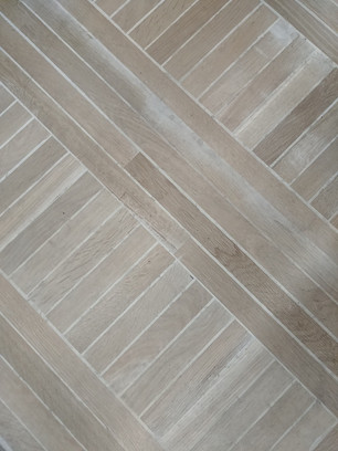 Oak Strip inlay with Grout