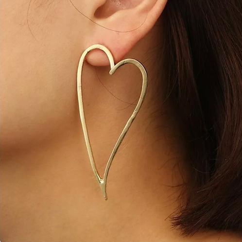 """""""Heart Extended"""" Modern Alloy Earrings"""