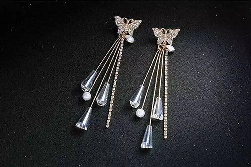 """""""Butterly Kisses"""" Luxe Rhinestone Earrings"""