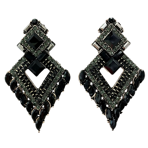 """""""Black Queen """"Chunky Cluster Clip-On Earrings"""
