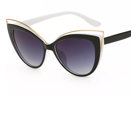 """Retro Lady"" Black & White Sunglasses"
