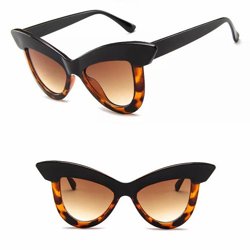 """Vogue"" Black & Tortoise Retro Styled Sunnies"