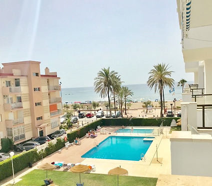 Beautiful apartment in a great location, right on the seafront with the most fabulous views overlooking the pool & beach. Bars and restaurants all nearby. Free Wi-Fi.  Private parking
