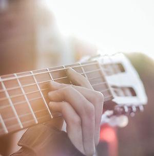 Custom Made Guitar Straps Online
