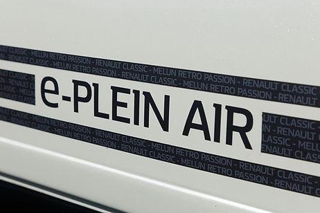 Renault_4L_e-Plein_Air_Concept5.jpg