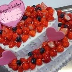 ウェディングケーキ・ ハート型2段
