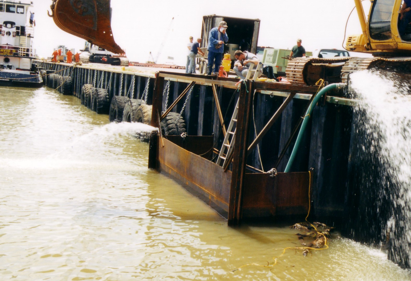 Using a coffer dam to apply Alocit