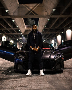 Vi City Aston Martin