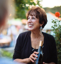 Yolanda Papapietro