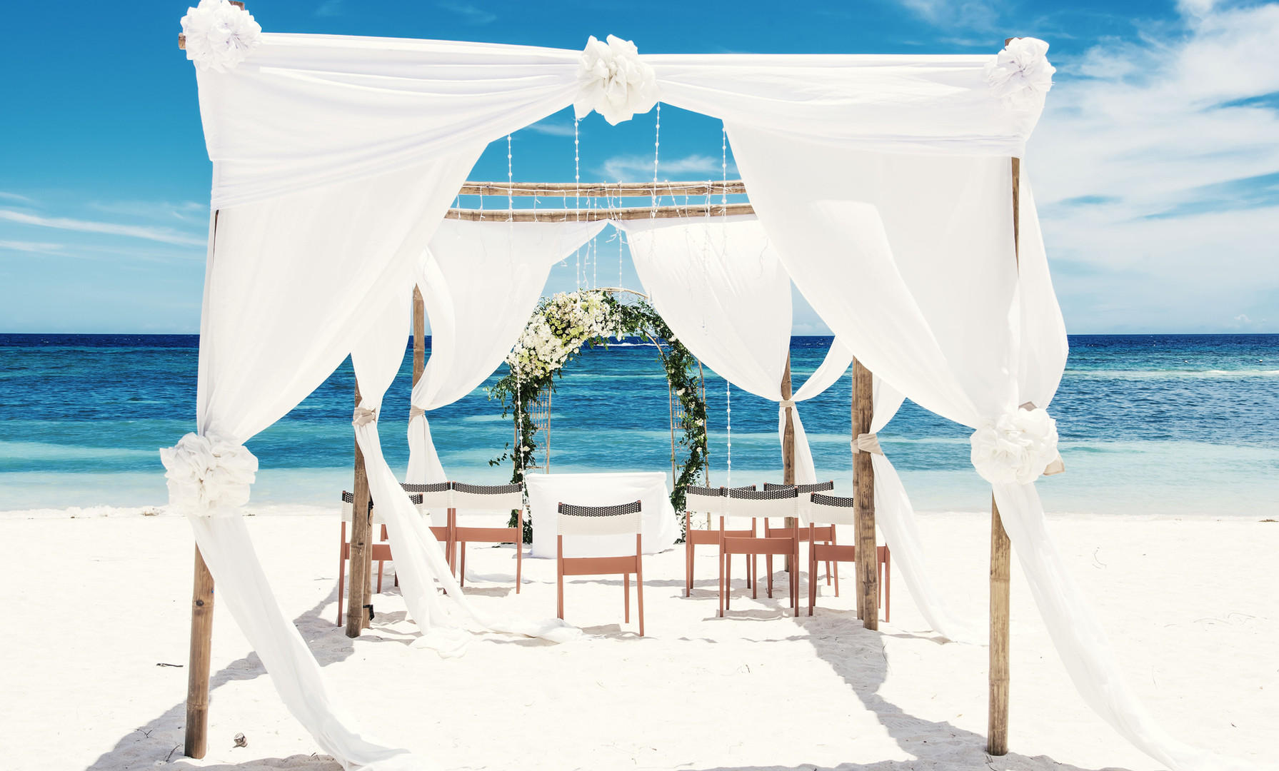 Pabellón de boda en la playa