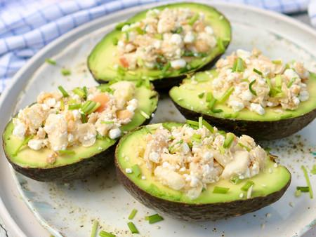 Gevulde avocado's met Hüttenkäse en appel
