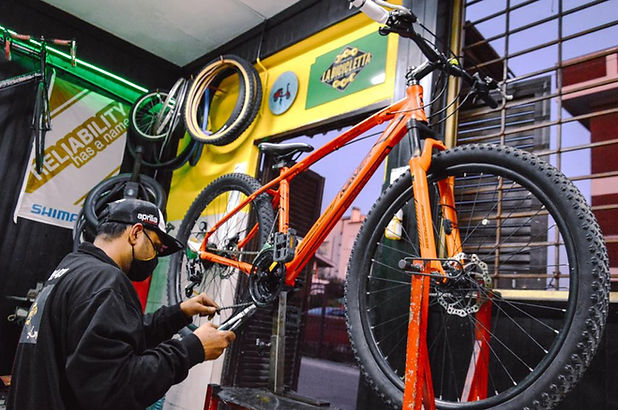 riparazione_biciclette_manutenzione_bici