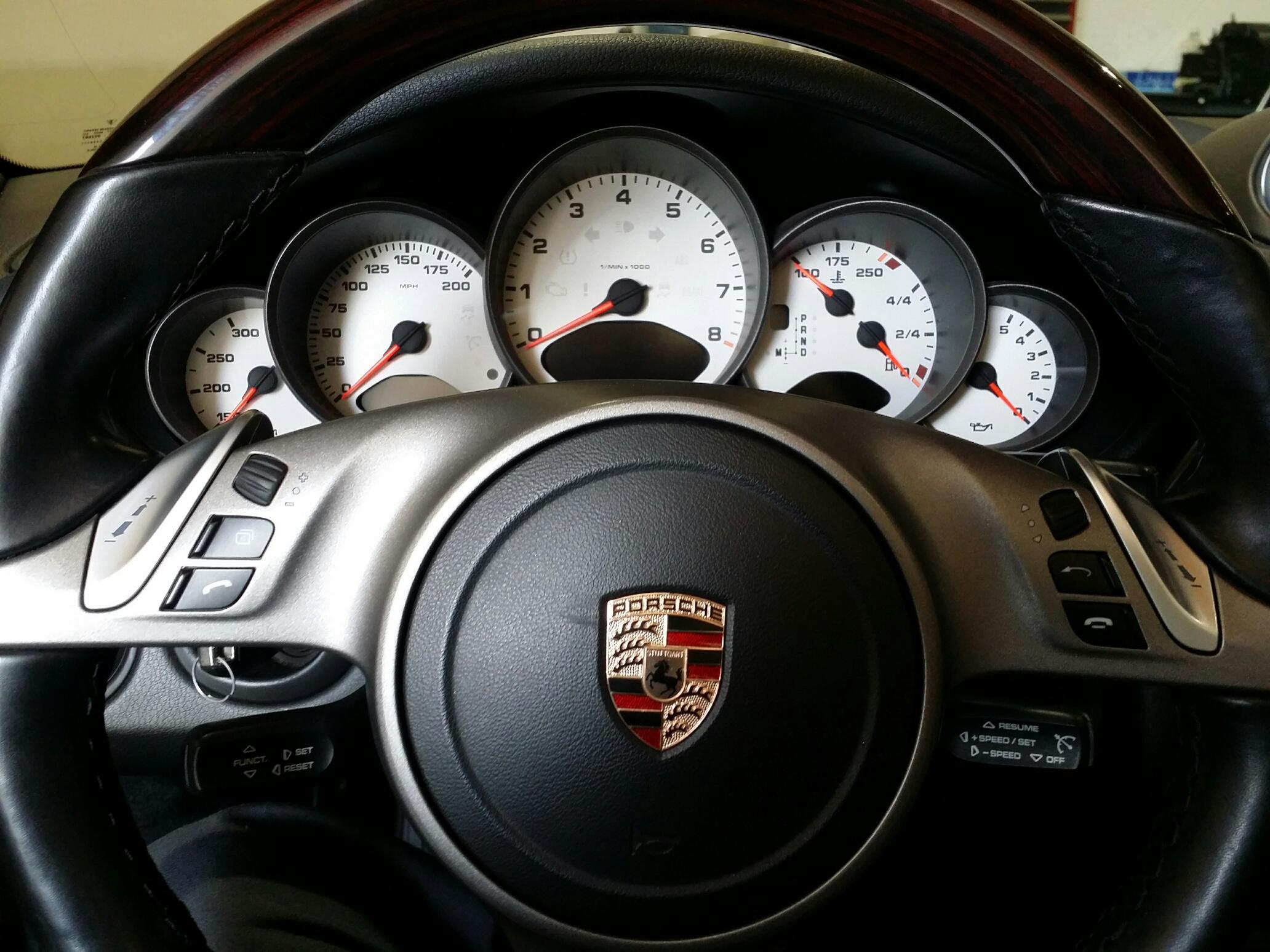 Porsche 911s customer