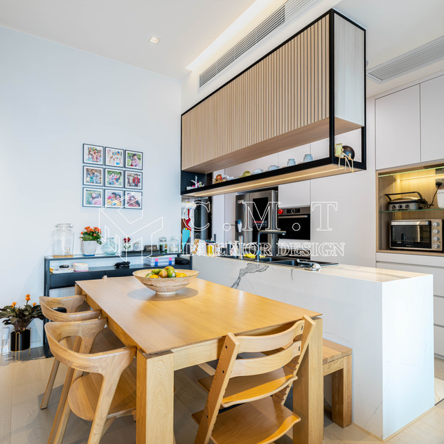 【 現代北歐美學 】  荃灣 朗逸峰  廚房嚮往開放式設計,同時巧妙善用大量天然採光,親子間共同感受陽光帶來的溫暖和活力。