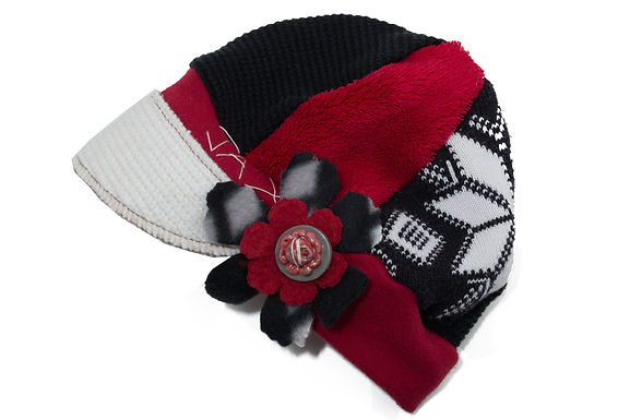 Snowflake Red White Black