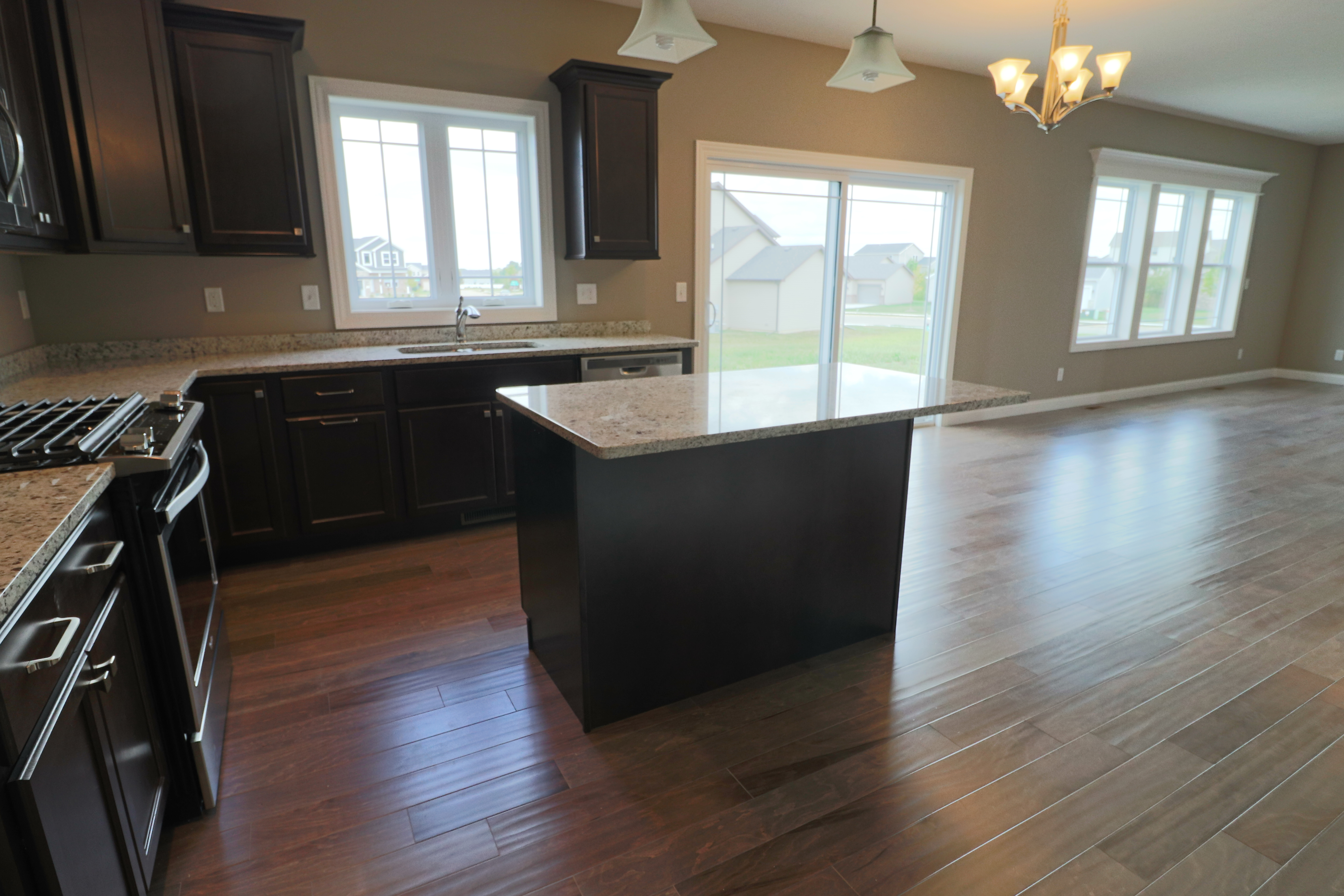 House for sale in the Dunlap peoria area another kitchen view