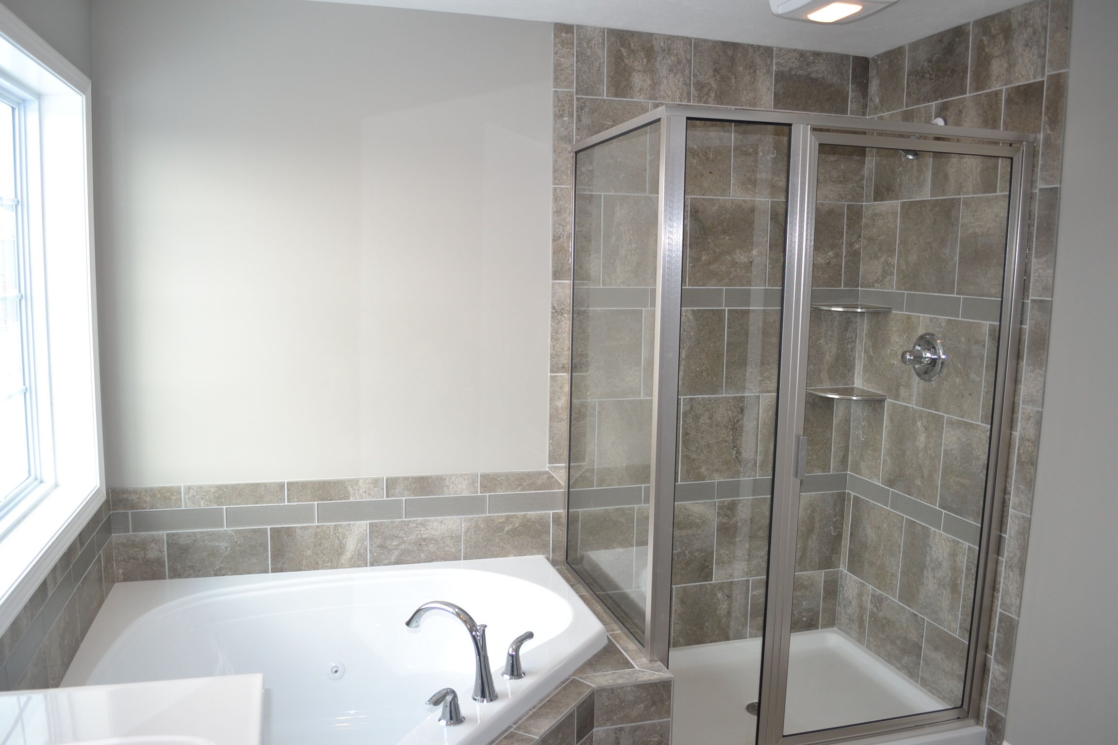 New Home in Champaign with nice bathroom
