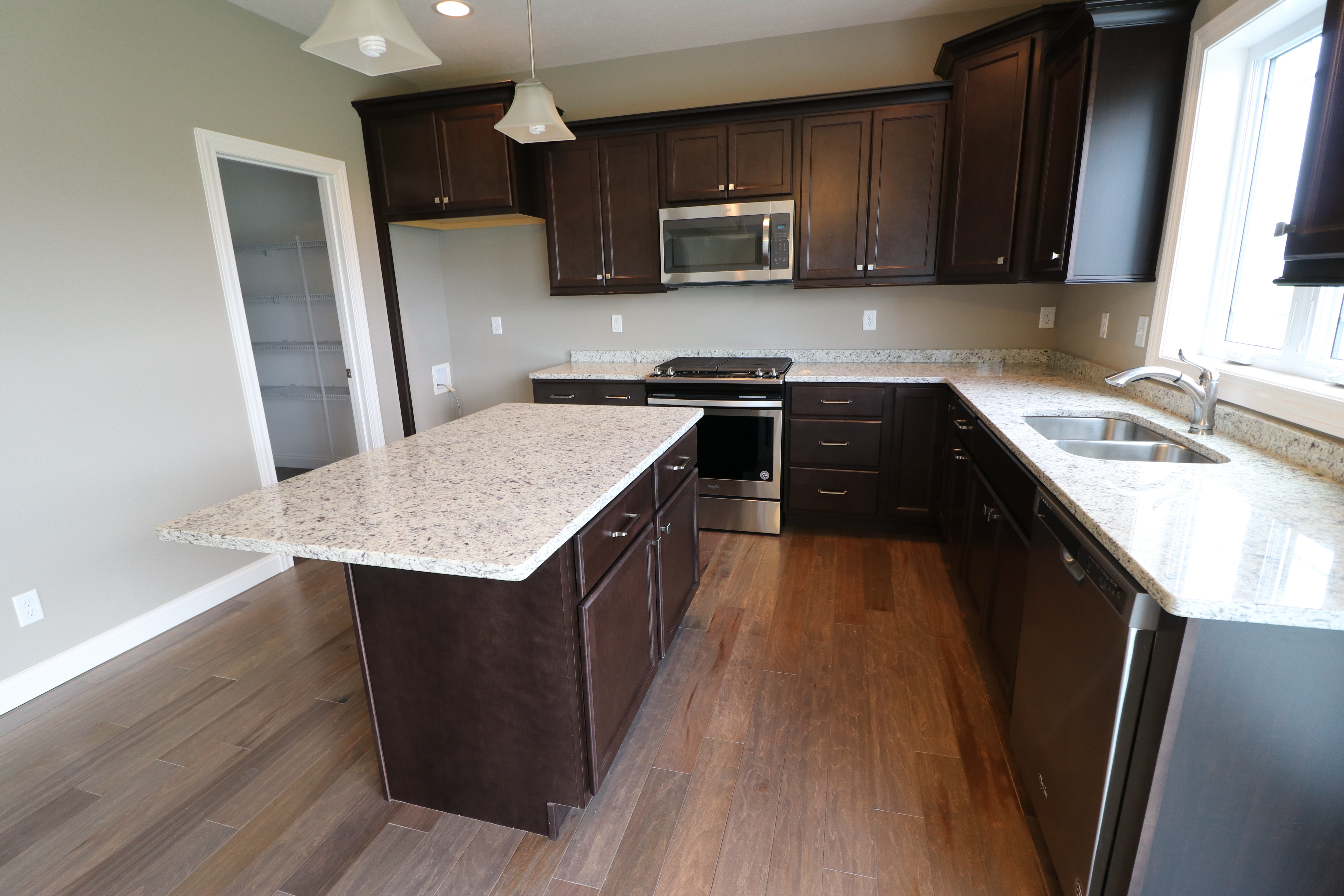 House for sale in the Dunlap peoria area kitchen view