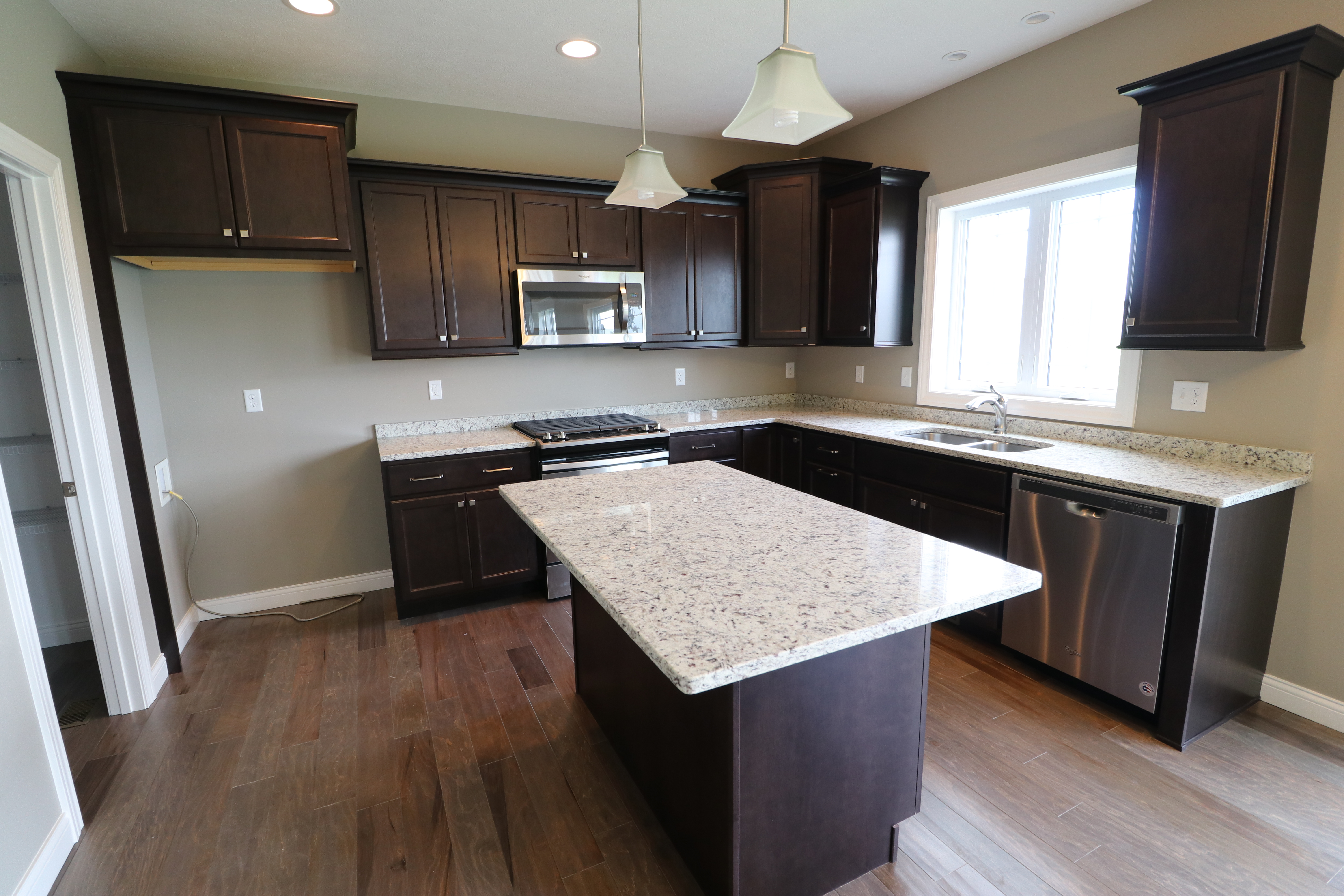 House for sale in the Dunlap peoria area kitchen up close