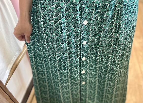 Jupe longue verte à fleurs