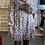 Thumbnail: Robe cache-coeur blanche fleurs bordeaux