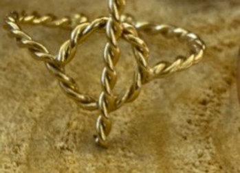 Bague dorée