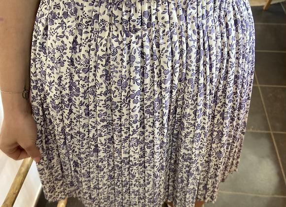 Jupe plissée fleurie lilas