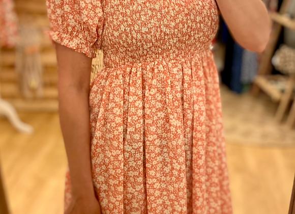 Robe courte fleurie rose
