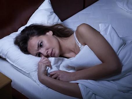 Ansiedade: veja 9 hábitos para ter um sono tranquilo