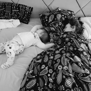 Miegotoja su kompanija