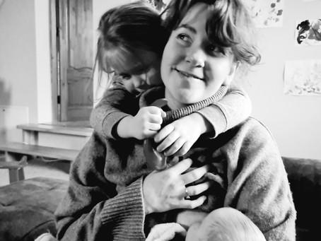 Tapsmas dviejų vaikų mama