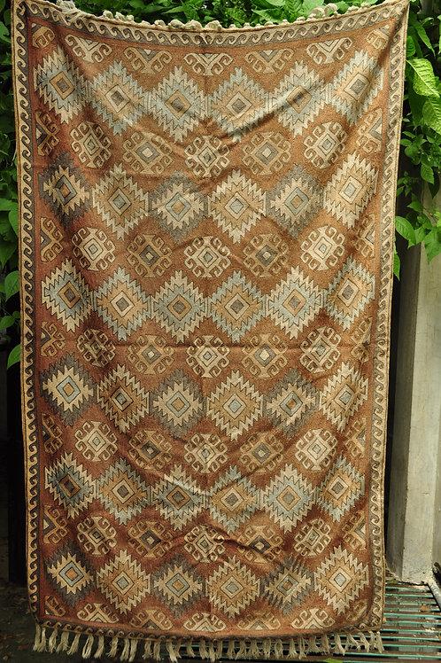 Kotsa | Silk Carpet | Kashmiri Handmade Silk Carpet | Geometric Carpet KC25