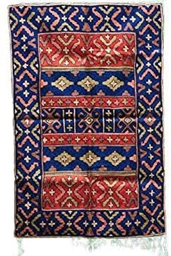 Kotsa   Silk Carpet   Kashmiri Handmade Silk Carpet   Geometric Carpet KC02
