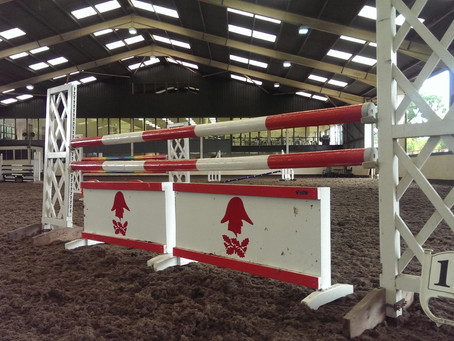 Wellington Riding Open to Outside Equines