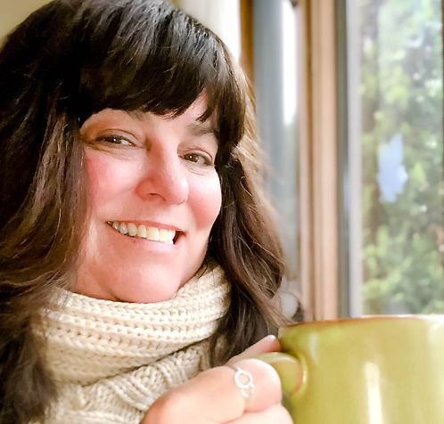Image of photographer Laura Dooley at home