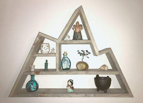 Image of custom built mountain shelf with tchotchkes
