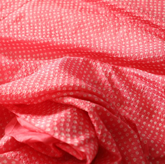 Silk bandhani