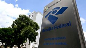 ATENÇÃO - Receita paga hoje restituições do terceiro lote do Imposto de Renda