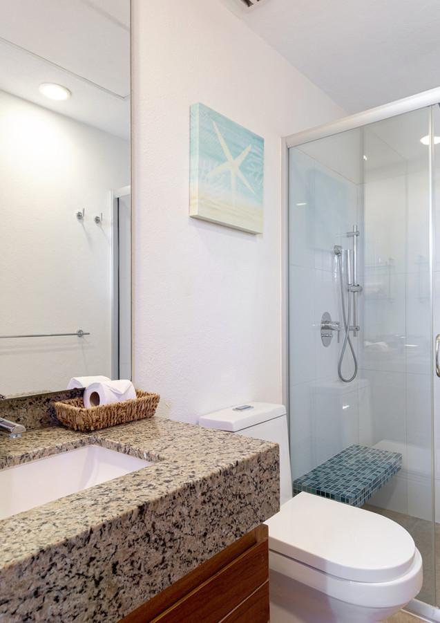 Sotavento Isla B17 Bathroom (7).jpg