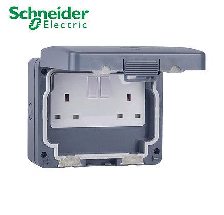 Schneider GWPIU3020 2 Gang Switched Socket IP66