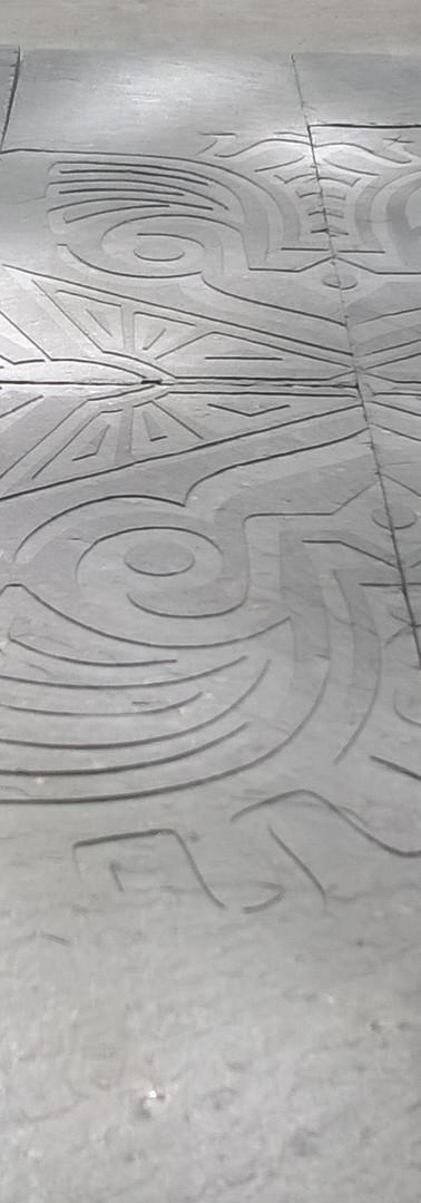 gravure sur briquette de parement